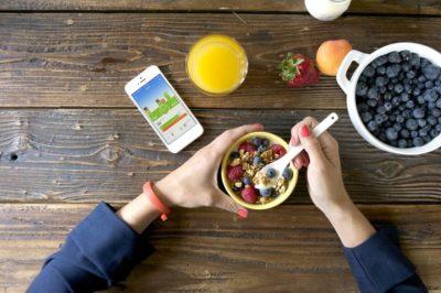 jawbone-up-food-tracking0-930x618