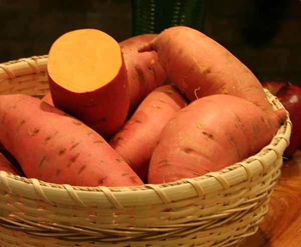 What Benefits Do Sweet Potatoes Have for Men?