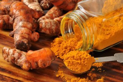 preview-full-turmeric-roots-and-a-jar-of-turmeric-powder