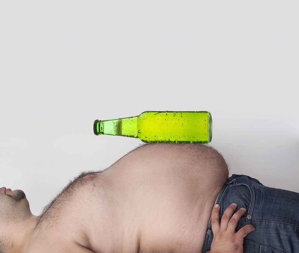 How Binge Drinking Impacts Weight Loss: Can One Night Ruin Your Diet?