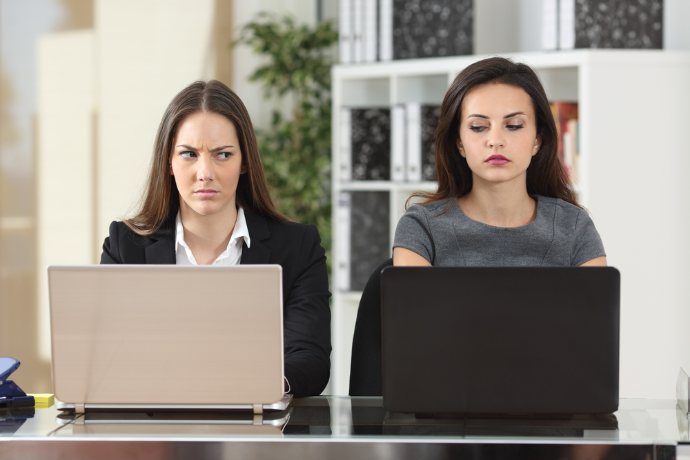5 BAD HABITS THAT MAKE YOUR COWORKERS DESPISE YOU